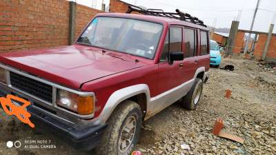 ISUZU TROOPER - foto